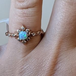 Fragrant Jewels Ring NWT Size 8 Blue Green Gold